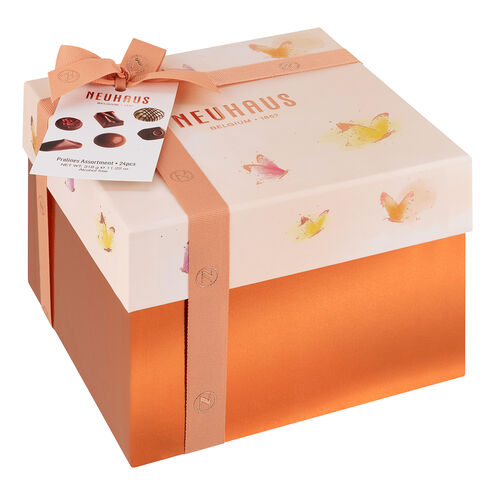 Spring Large Square Gift Box image number 11